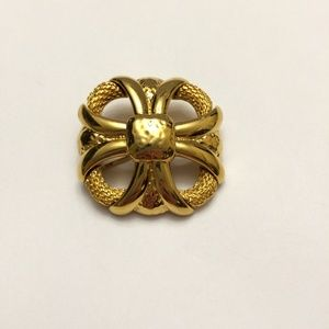 Vintage Monet Brooch or Pin